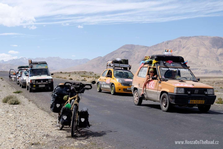 Tádžikistán, Účastníci Mongol rallye - Tajikistan, Participants of Mongol Rally