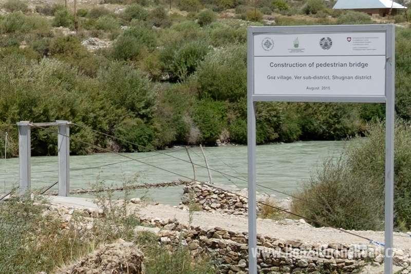 Tádžikistán, Švýcarská rozvojová pomoc – nová lávka - Tajikistan, Swiss development support