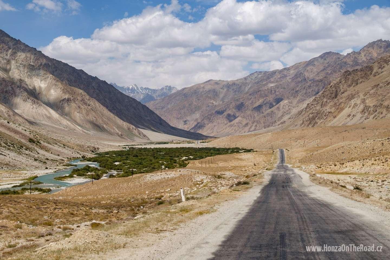 Tádžikistán, Cesta Pamírem - Tajikistan, Going through Pamir
