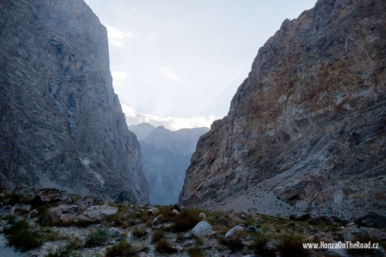 Tádžikistán, Cestou do Pamíru - Tajikistan, On the way to Pamir-2