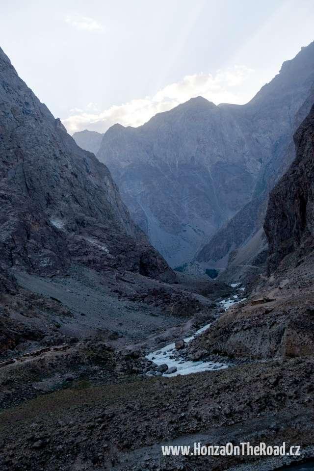 Tádžikistán, Cestou do Pamíru - Tajikistan, On the way to Pamir