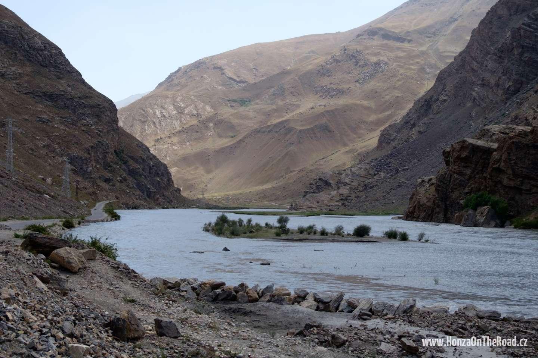 Tádžikistán, Na jih od Chorogu - Tajikistan, To the south of Khorogh-2
