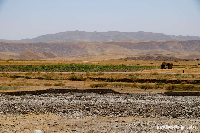 Tádžikistán, Venkov jižně od Dušanbe - Tajikistan, Countryside south of Dushanbe-2