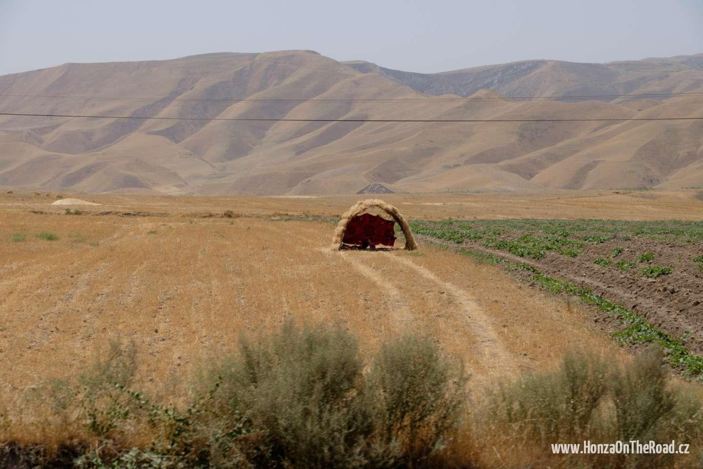 Tádžikistán, Venkov jižně od Dušanbe - Tajikistan, Countryside south of Dushanbe