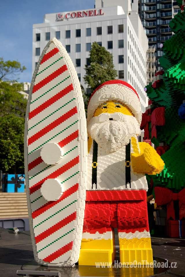 Nový Zéland, Auckland, Vánoční strom z Lega - New Zealand, Auckland, Lego Christmas Tree-4