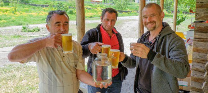 Jak se pije v Gruzii / How do they drink in Georgia
