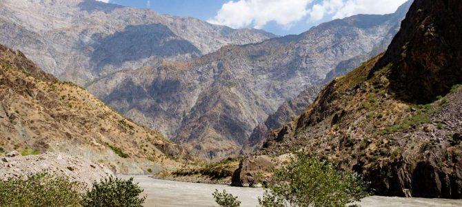 Pamír (1/4) – Z Dušanbe k afghánské hranici / Pamir (1/4) – Going from Dushanbe to the Afghan border